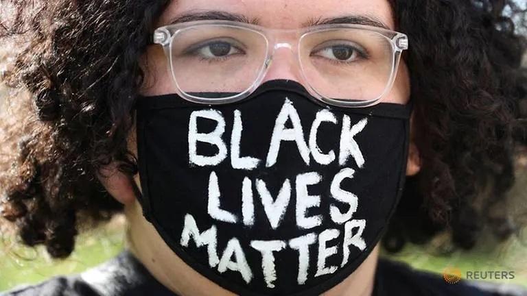 Australian police disperse Black Lives Matter rally