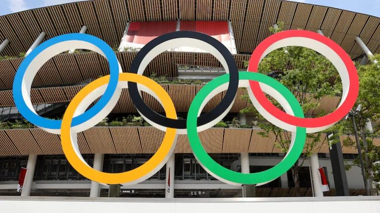 Olympic Village COVID-19 infection bubble already 'broken': Health expert
