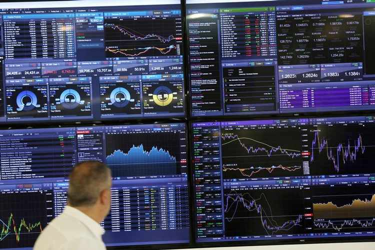 Boom for banks as M&A and pandemic boost corporate FX needs